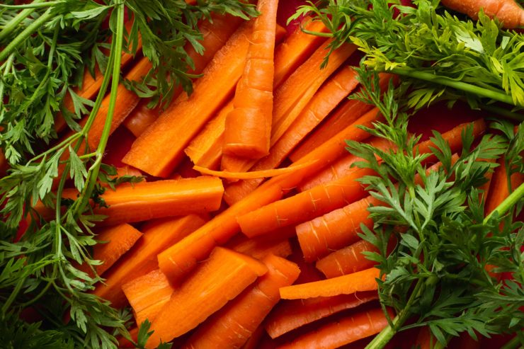 carrot-oil-in-skin-care